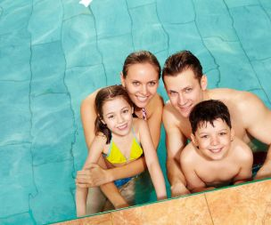 Image for link to Enjoy the pool with Family Splash!