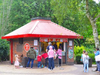 Markeaton Park Kiosk with customers