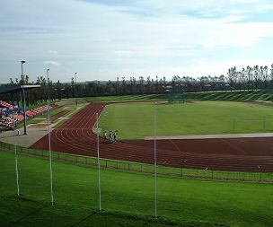 Image for link to Outdoor track running