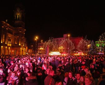 Christmas Light Switch On