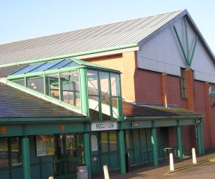 Image for link to Springwood Leisure Centre