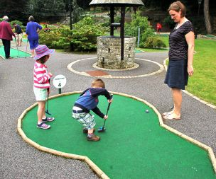 Image for link to Crazy Golf at Markeaton Park